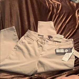 NYDJ Skinny Ankle stretch Jeans, new with tags.